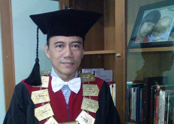 Dr. Wahyu Wibowo, M.M., Dekan Fakultas Bahasa dan Sastra, Universitas Nasional