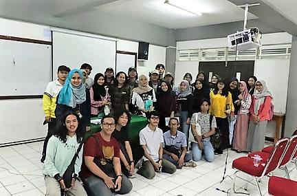 """Diskusi Sastra """"Proses Kreatif Sastrawan Perempuan di Indonesia"""""""